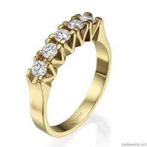 טבעת יהלומים זהב צהוב בעיצוב אישי